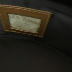 Louis Vuitton Bags - Louis Vuitton French Company Boite Chapeaux